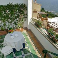 Suite with Frescoes Ceiling, Sea View and Terrace  - Camelia
