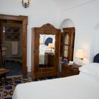 Standard Double Room with Cloister View
