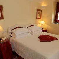 Superior Double Room with Partial View