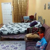 Deluxe Double Room (1 adult + 2 children)