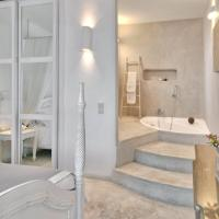 Honeymoon Suite with Spa Bath and Sea View