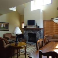 Golden Bench Townhome 14
