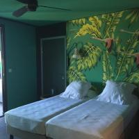 Twin Room with Kitchenette (PMR)