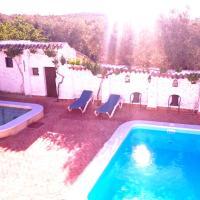 Hotel Pictures: Cortijo Las Gregorias, Encinas Reales