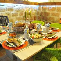 Hotel Pictures: Villa Kada, Falkovets