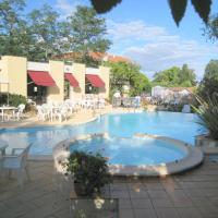 Hotel Pictures: Adourotel, Saint-Paul-lès-Dax