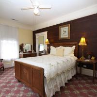 Standard Queen Room (Gold)