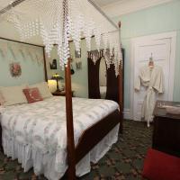 Standard Queen Room (Emma)