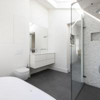 Three-Bedroom Apartment - Hillgate Street II