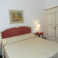 One-Bedroom Apartment (Strozzi)