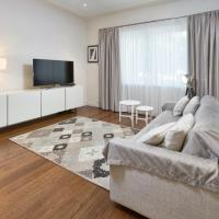 One-Bedroom Apartment with Park View