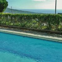Hotel Pictures: Costa Maresme 351, Cabrils