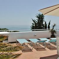 Hotel Pictures: Costa Maresme 220, San Pol de Mar