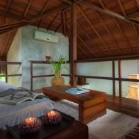 Luxury Bungalow with Spa Bath and Sea View