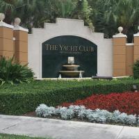Three-Bedroom Apartment at The Yatch Club Aventura