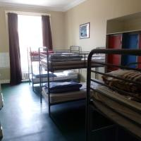 Bed in Dormitory Room Shared Bathroom (6 Females)