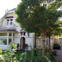 Hotel Pictures: Koetshuis34, Schoorl