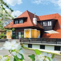 Hotel Pictures: Frühstückspension Zanglhof, Lannach