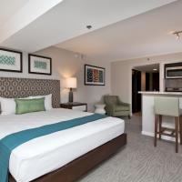 Luxury Junior Suite with Pool View and Kitchen