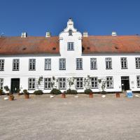 Hotel Pictures: Ferienwohnungen Schloss Glücksburg, Glücksburg