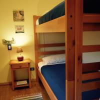 Twin Room with Bunk Bed and Private Bathroom