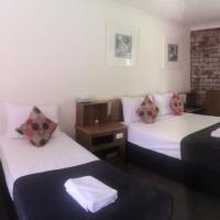Hotel Pictures: Coomera Motor Inn, Gold Coast