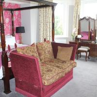Luxury Suite with Four Poster Bed