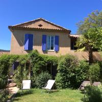 Hotel Pictures: Clos des Iris, Moustiers-Sainte-Marie