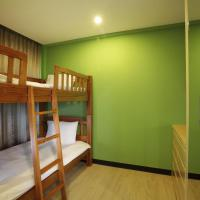 Deluxe Two Bedroom Family Residence