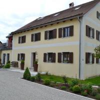 Hotel Pictures: Ferienwohnung Hoacherer-Hof, Riedenburg