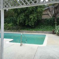 Tarzana 3BD House with a pool