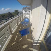 One-Bedroom Apartment with Partial Sea View (5 Adults)