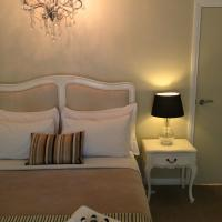 Hotel Pictures: Llewellin's Guest House, Margaret River