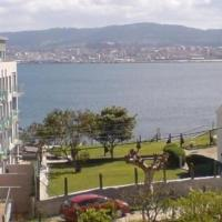 Hotel Pictures: Apartment in Cangas, Pontevedra 100137, Cangas de Morrazo