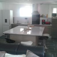 Hotel Pictures: Maison 4 chambres, Saint-Cyr-sur-Mer