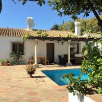 Hotel Pictures: Villa Faboosh, Cómpeta