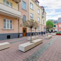 Luxury Three-Bedroom Apartment - 44 Monte Cassino Street