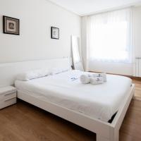 Hotel Pictures: Txintxarri-Basque Stay, Zumaia