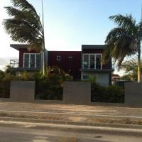 Hotel Pictures: Yolo Apartment, Willemstad