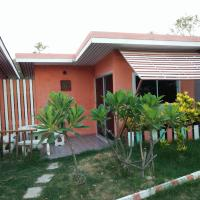 Air-conditioned Bungalow with Garden View