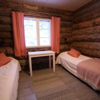 Three-Bedroom Cottage with Sauna