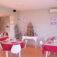 Hotel Pictures: Hôtel Restaurant Chez Jerome, Cambo-les-Bains