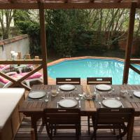 Hotel Pictures: Villa with pool Nr Disneyland, Esbly