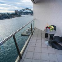 One-Bedroom Apartment with Harbour View