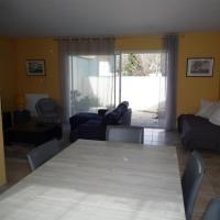 Hotel Pictures: Rental Villa Avenue François Mitterand, Olonne-sur-Mer
