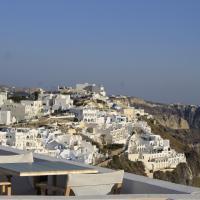 Exclusive Suite with Caldera View
