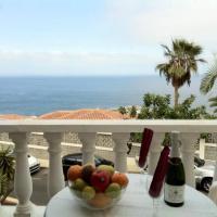 Hotel Pictures: Apartment in Los Gigantes 100641, Santiago del Teide