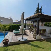 Hotel Pictures: Villa Miramar, Sant Pere de Ribes