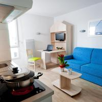 Studio with Sofa Bed and hotel services