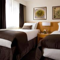 Premium Room with Two Twin and Queen Bed